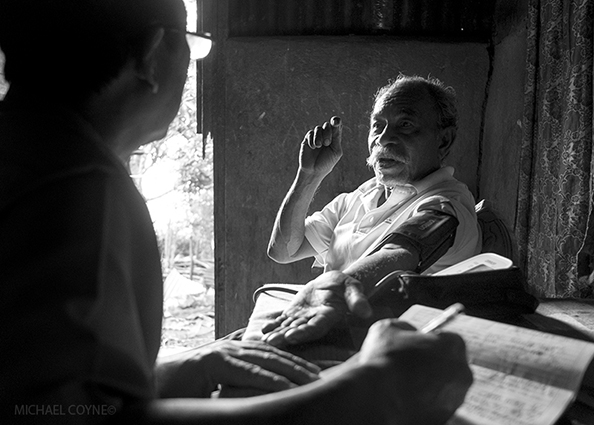 Mobile medical clinic - Timor-Leste : michael coyne documentary photographer and photojournalist