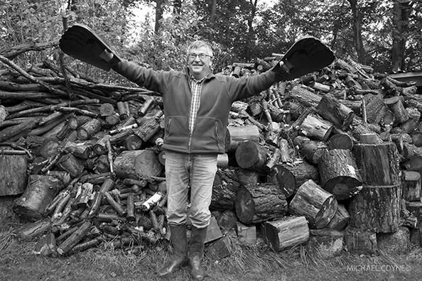 Gardener - Lower Saxony, Germany : michael coyne documentary photographer and photojournalist