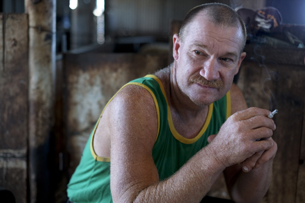 michael coyne documentary photographer and photojournalist: Shearer taking a break at a shearing shed - South Australia