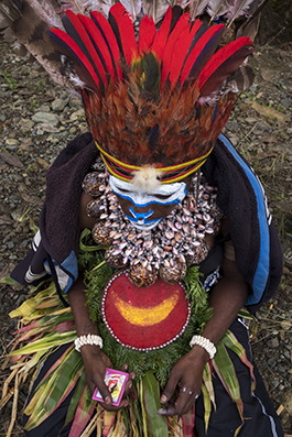 Traditional villager - Papua New Guinea : michael coyne documentary photographer and photojournalist